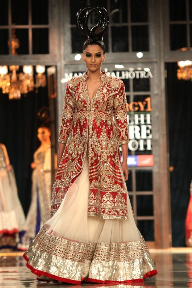 Sonam Kapoor wearing a lehenga designed by Manish Malhotra. To view more, visit: http://www.vogue.in/content/delhi-couture-week-who-what-wear#41
