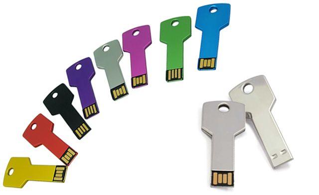 Chiavette usb personalizzate con logo   Chiavette usb pronta consegna  #usb #gadgetsaziendali #italia #mondo #usbcool #usbpen usbkey #giftideas