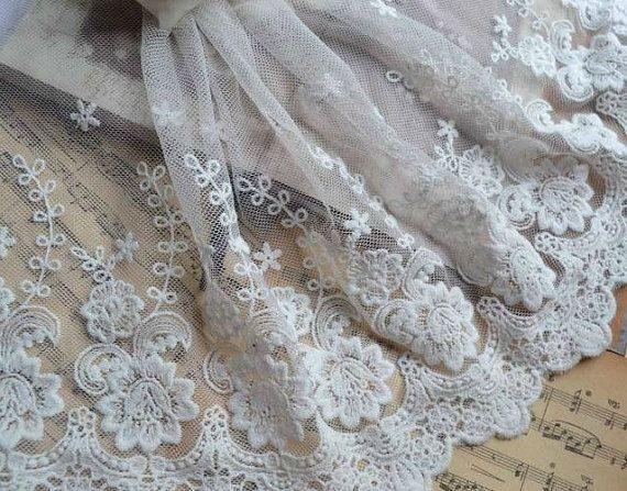 Fiore bianco pizzo ricamo assetto Tulle Lace Trim 177 di skulllace