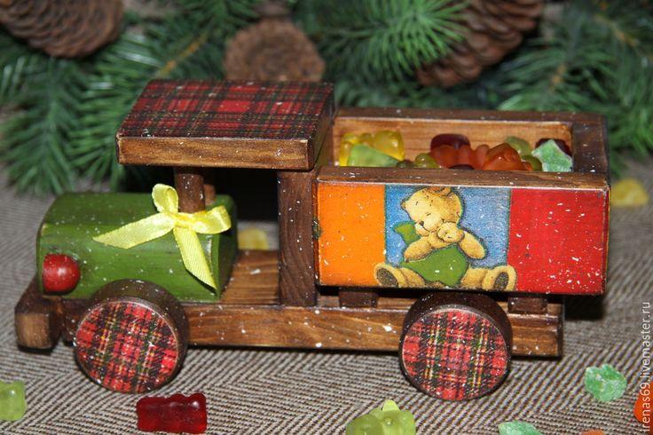 """Купить Набор детских игрушек """"МИШКИ"""" - разноцветный, для детей, для мальчика, для малыша, паровозик, машинка, самолетик"""
