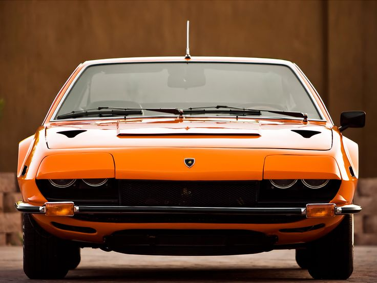 View Front Lamborghini Jarama
