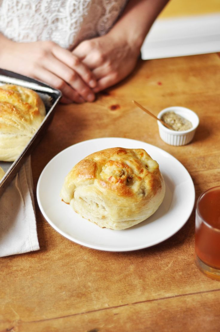 Gryere and green olive Rolls