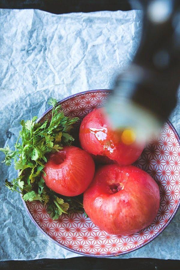 Co do chleba? Salsa z pomidorów i oleju z awokado » Jadłonomia · wegańskie przepisy nie tylko dla wegan