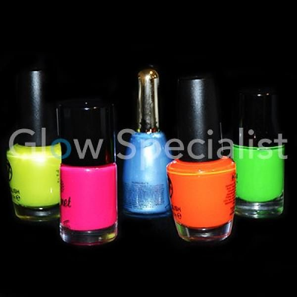 BLACKLIGHT NAGELLAK