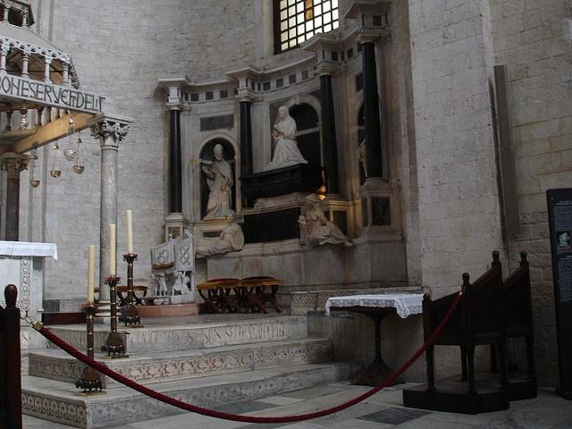 L'altare di san Nicola