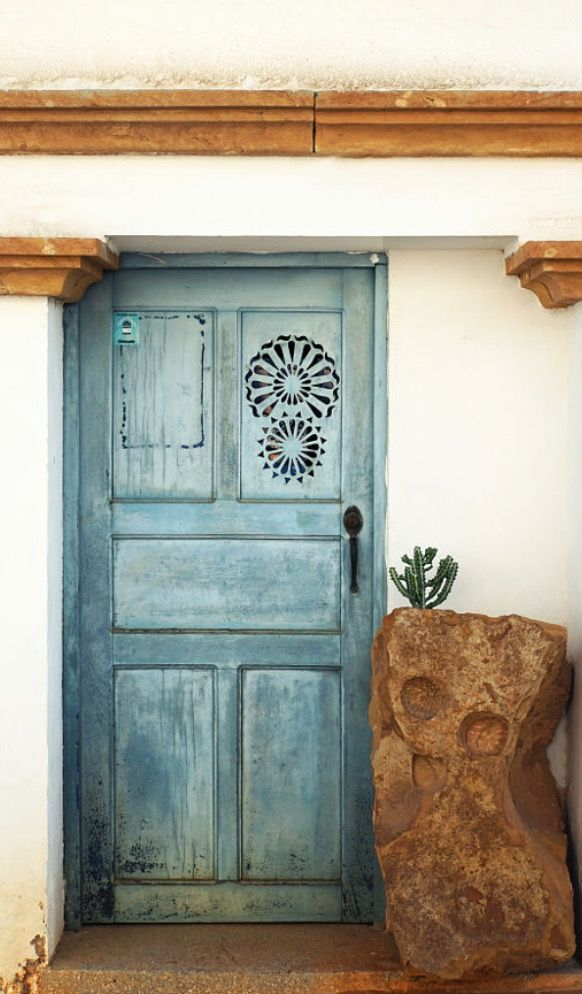 Door in Barichara / Colombia https://www.gumtree.com/…/premium-door-and-furni…/1178411762