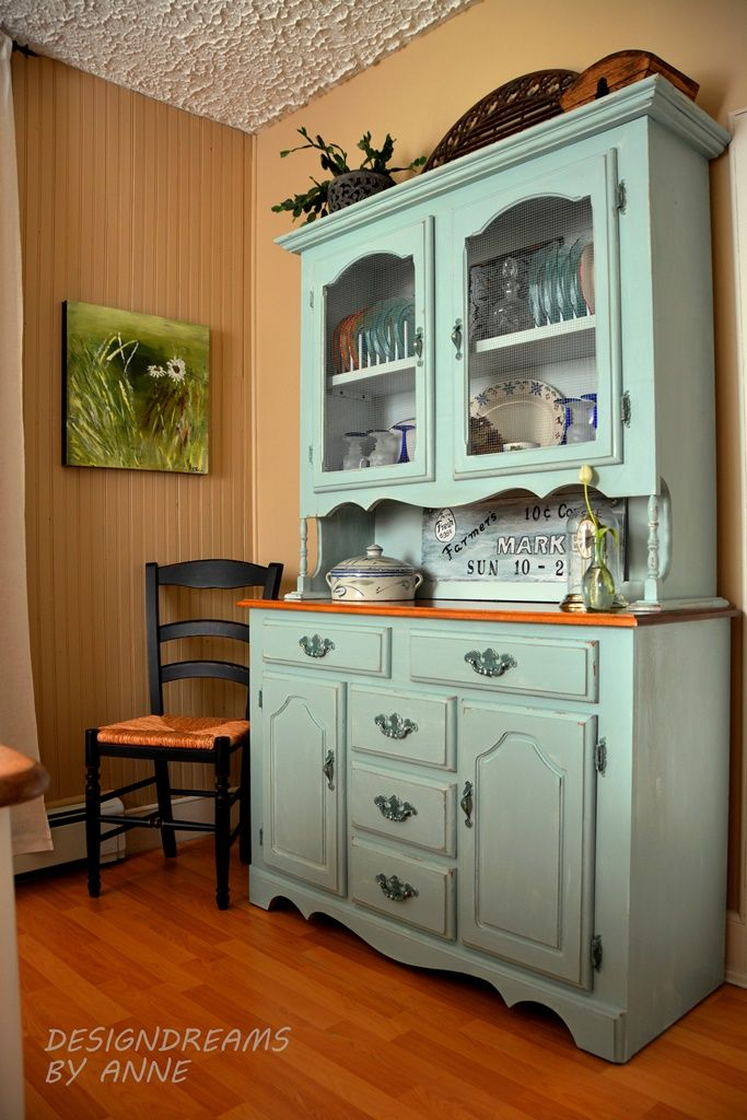 High Quality Farmhouse Dining Room With Painted Hutch