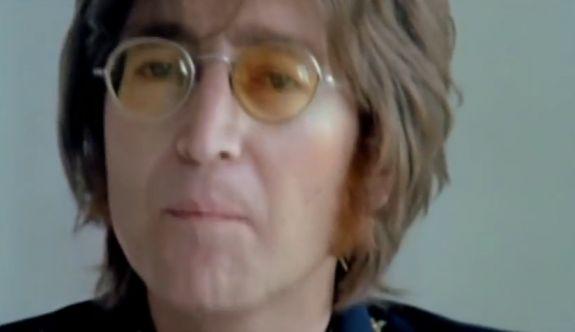 """The Beatles efsanesi John Lennon 'ın hayatı çizgi roman oldu  """"The Beatles efsanesi John Lennon 'ın hayatı çizgi roman oldu"""" http://fmedya.com/the-beatles-efsanesi-john-lennon-in-hayati-cizgi-roman-oldu-h23652.html"""