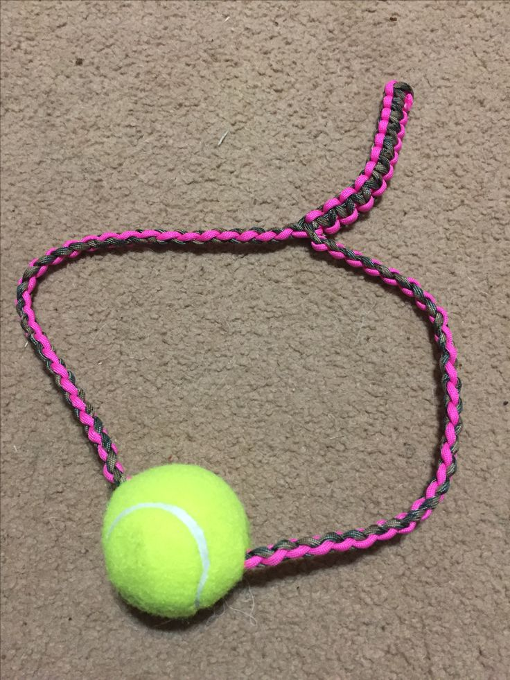 This weeks paracord project is a Dog Chew Toy..also good for Tug-o-War! #paracorddogtoy #paracordprojects