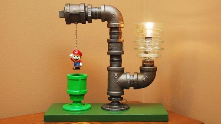 Super Mario Lamp.