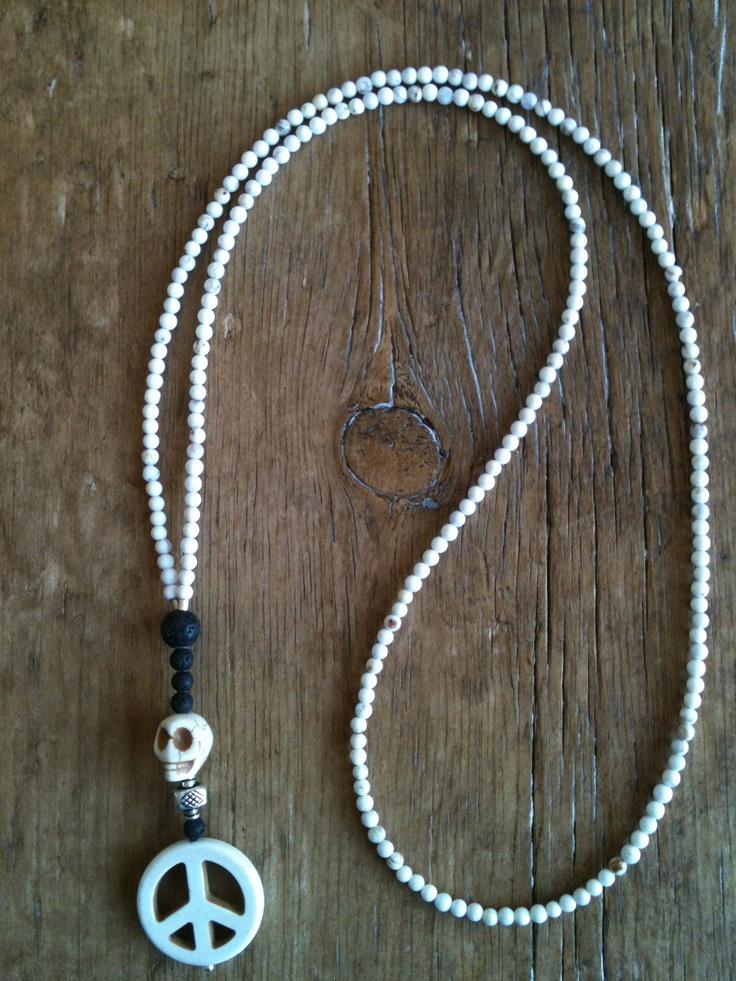 Mai Johansson - necklace peace and skull