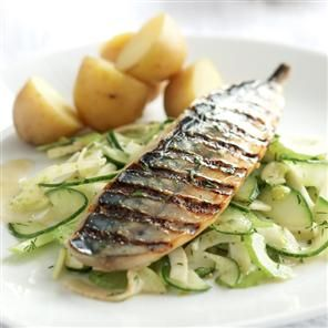 Fennel & cucumber salad with a dill, honey, mustard, lemon & wine dressing...oh & mackerel!