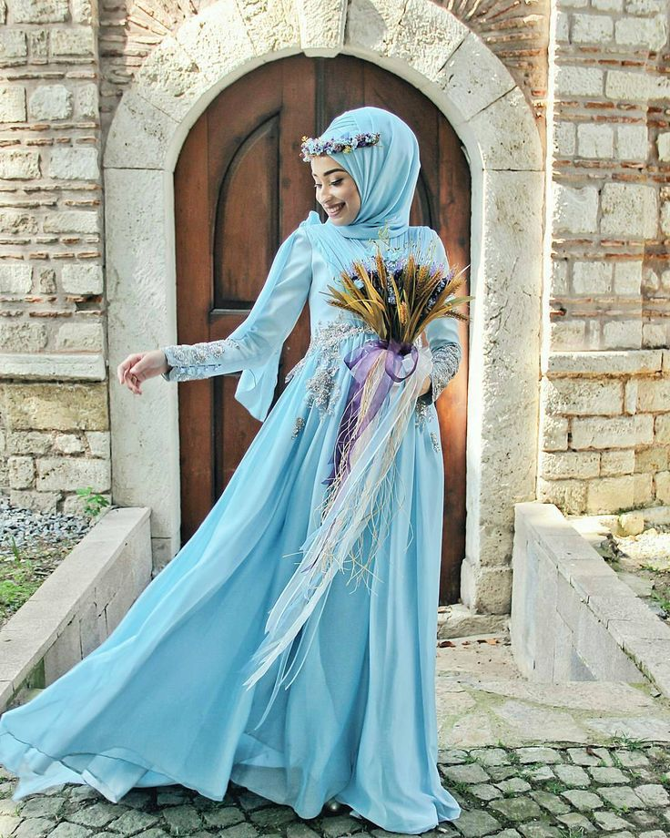 "1,096 Likes, 92 Comments - Muslim Wedding Ideas {105k) (@muslimweddingideas) on Instagram: ""Stunning! Awesome photo by @photobyarif . . . #weddingphotography  #muslimwedding #muslimweddings…"""
