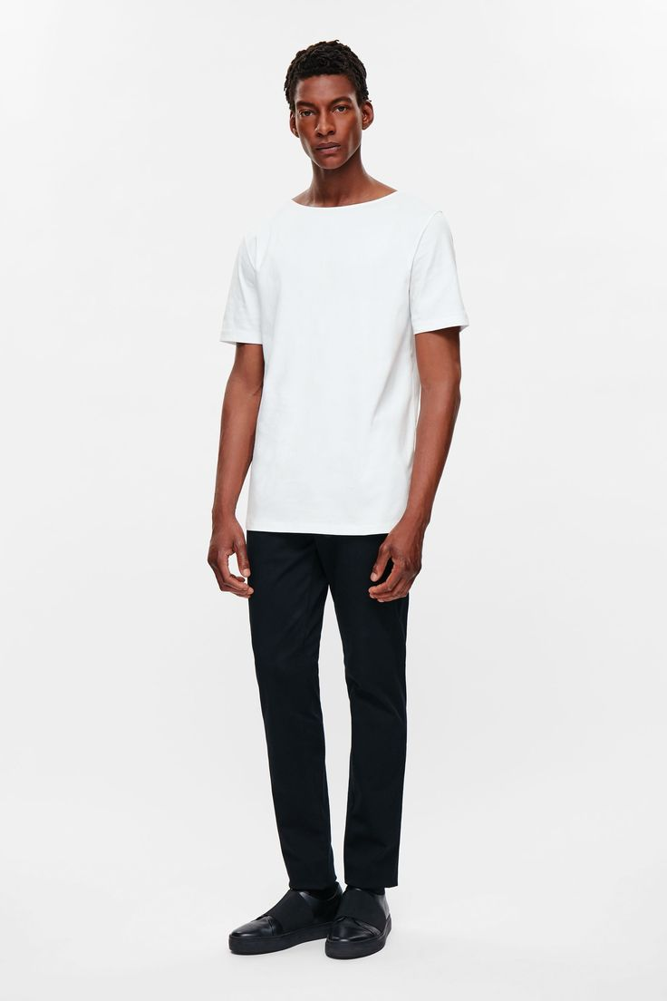 T-shirt with wide neck