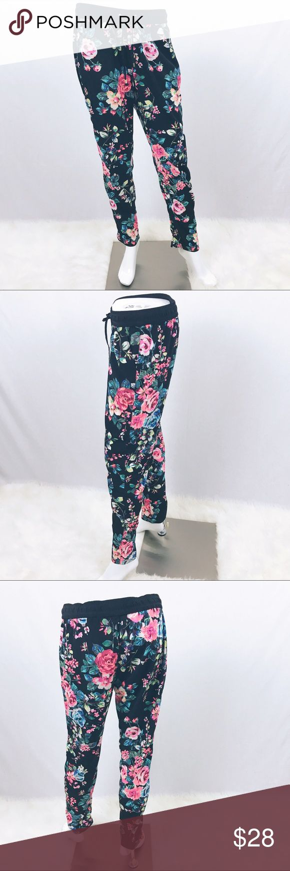 "Express Floral Jogger Cropped Soft Pants SMALL Express Pink Floral Joggers Black Cropped Soft Pants Women's SMALL S Waist 16""-17.5"" Rise 10"" Inseam 28"" Express Pants Track Pants & Joggers"