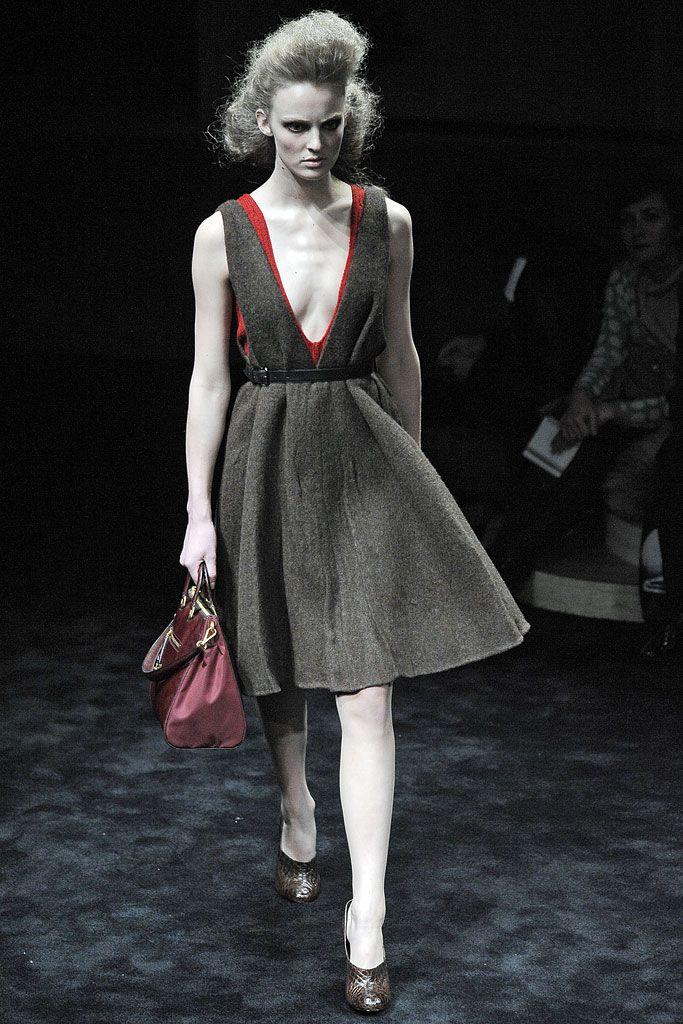 Prada - Fall 2009 Ready-to-Wear - Look 4 of 41