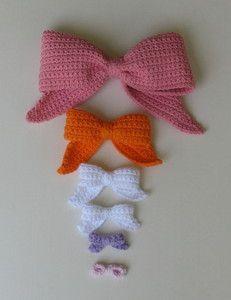 Crochet Bows - pattern giveaway:  http://ambassadorcrochet.com/2013/03/29/national-crochet-month-day-29/