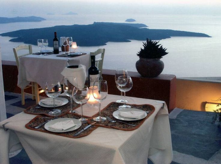 Vanilia Restaurant, Santorini, Greece Hands down one of the most beautiful, romantic, breathtaking, delicious dinners I've ever experienced. www.vanilia.gr/