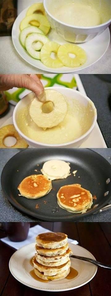 Alma, ananász, banán sűrűbb palacsinta tésztába forgatva és kisütve.