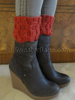 #149 Easy Cabled One-Ball Boot Cuffs PDF Knitting Pattern #knitting #SweaterBabe.com Easy and cute for boot weather. SweaterBabeKnittingGiveaway