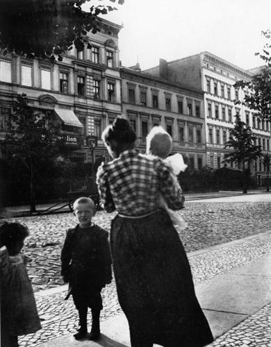Heinrich Zille photograph