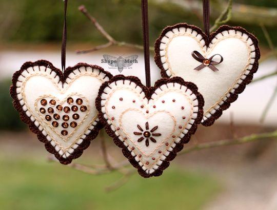Ideas.. Christmas ornaments, Felt and crochet... I´m in love..