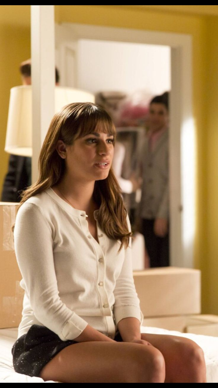 17 best images about lea michele on pinterest music videos glee and dianna agron. Black Bedroom Furniture Sets. Home Design Ideas