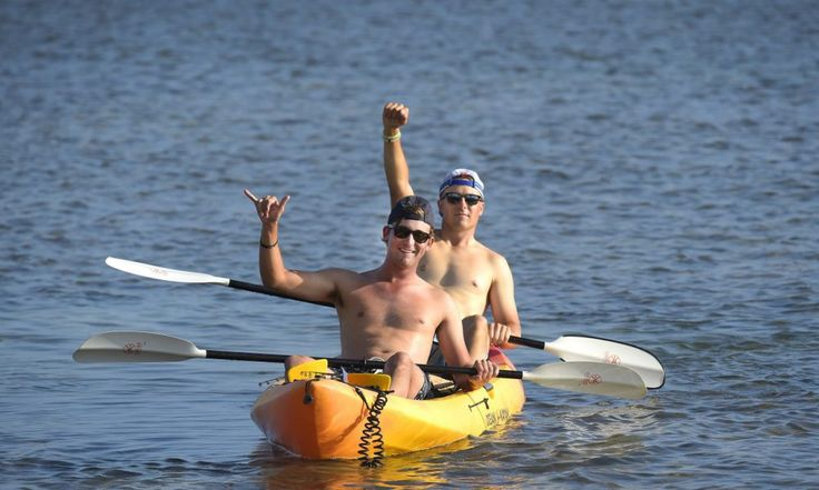 Jordan Spieth and Smylie Kaufman decided to have some fun on in a kayak at the Waianae Country Club, and also provided a shirtless inverview