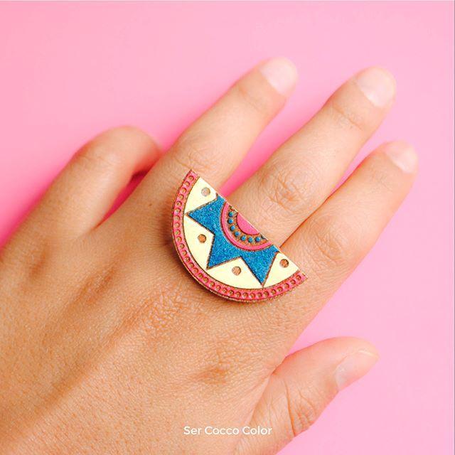 Amor por lo precolombino!! ❤️❤️ #colombia  #identidad #fashion #trendy #moda #modafemenina #diseñoindependiente #diseño #blogger #fashionblogger #coccocolor #hechoamano #hechoencolombia #diseñocolombiano #artesania #artesanal