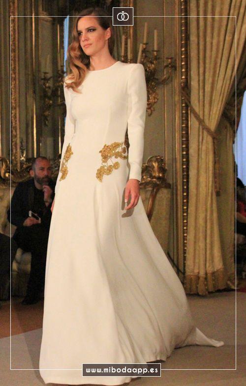 Desfile de Rafael Urquizar en Atelier Couture 2015.
