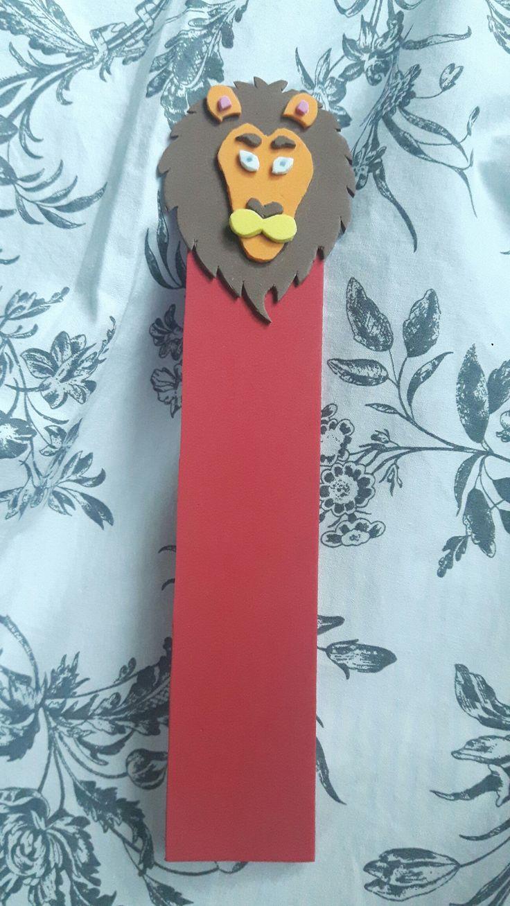 Gryffindor lion bookmark made of sponge paper