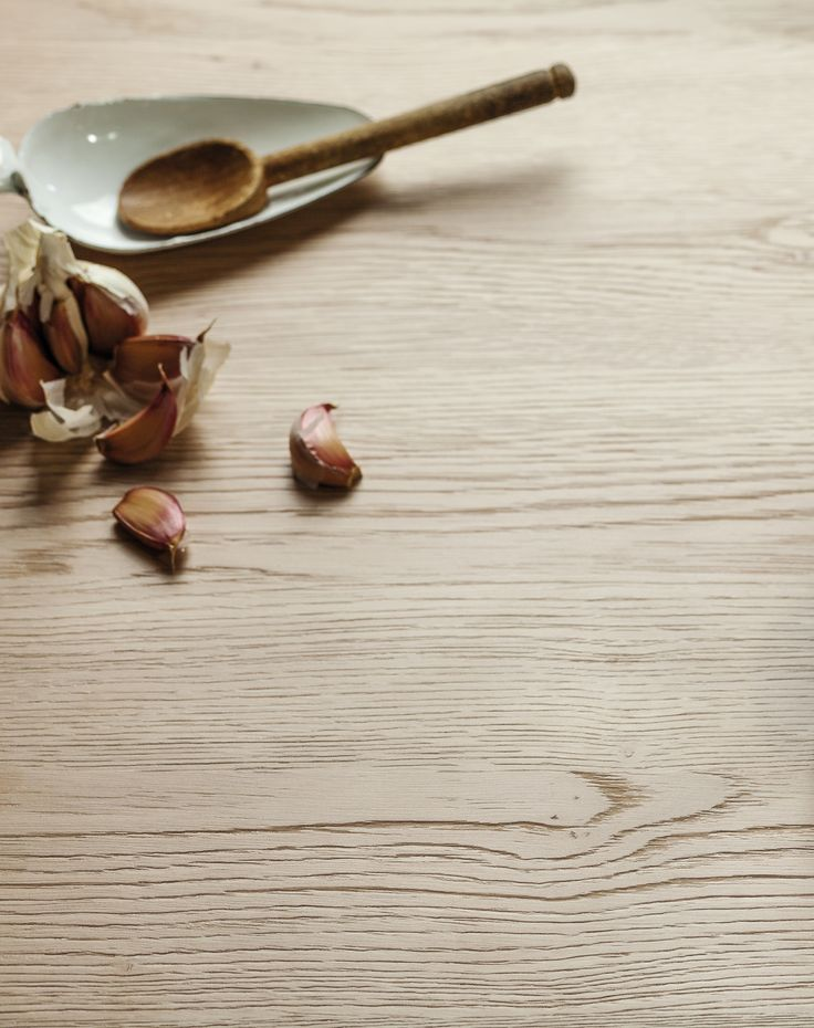 EGGER Kitchen Worktop H3309 ST28 Sand Gladstone Oak is one of our new generation of worktops where the deep and sandblasted texture aligns with the natural markings.