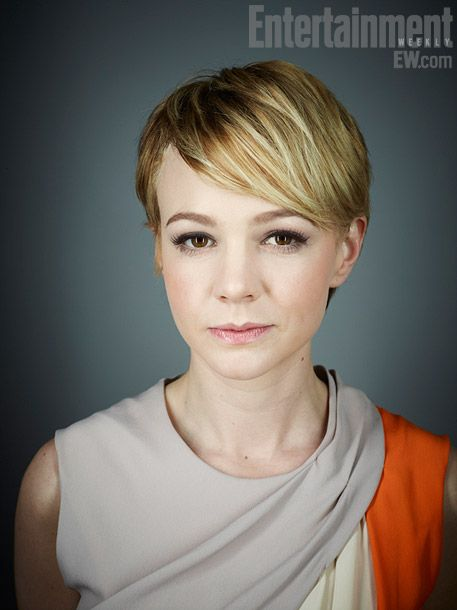 if I had straight hair, I'd be all over this hair cut. Oh, and P.S. Carey Mulligan is beautiful.