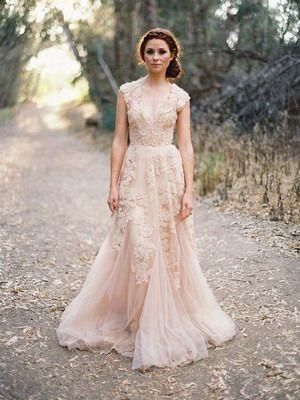 Свадебный стиль бохо: фото платьев, туфлей, причесок и букетов в стиле бохо