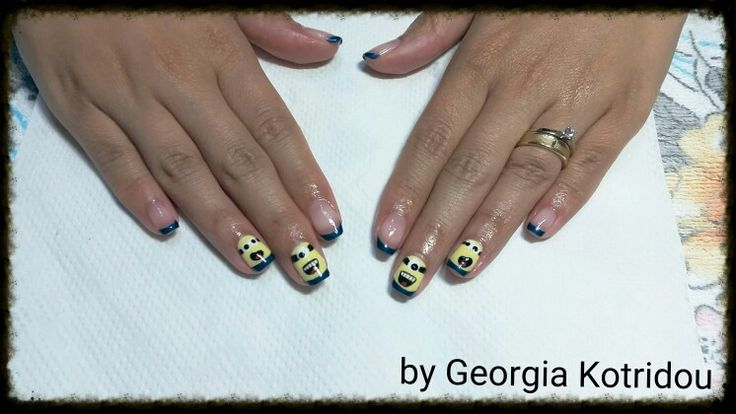 Lovely minions nails!