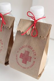 "oui wedding design: Saquinhos [HANGOVER KIT] ""in sickness and in health"" ♥ Kit ressaca"