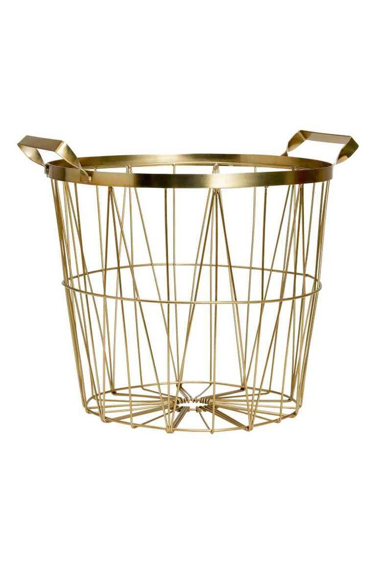 Cesta de metal: Cesta de metal con asas superiores. Alto 24 cm, diámetro superior 28 cm.