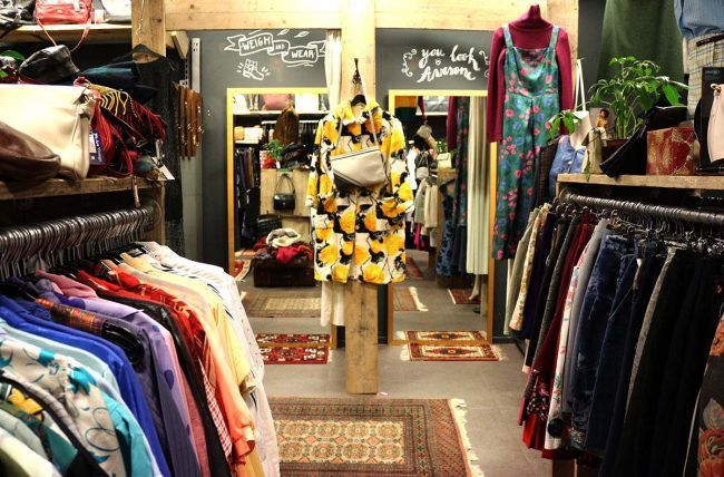 Best Vintage Clothing Shopping In Amsterdam Cute Shops Markets In 2020 Shopping Outfit Amsterdam Shopping Vintage Outfits