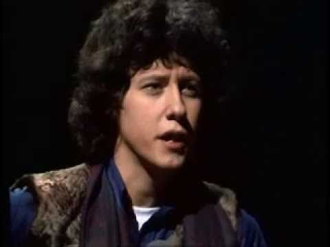 Arlo Guthrie - Alice's Restaurant (Beat Club). Wishing all a happy holiday. This song is a family tradition since it was released and I try to pin a different rendition each Thanksgiving. Enjoy!