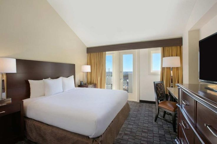 Book Embassy Suites by Hilton New Orleans - Convention Center, New Orleans on TripAdvisor: See 1,389 traveler reviews, 332 candid photos, and great deals for Embassy Suites by Hilton New Orleans - Convention Center, ranked #103 of 155 hotels in New Orleans and rated 3.5 of 5 at TripAdvisor.