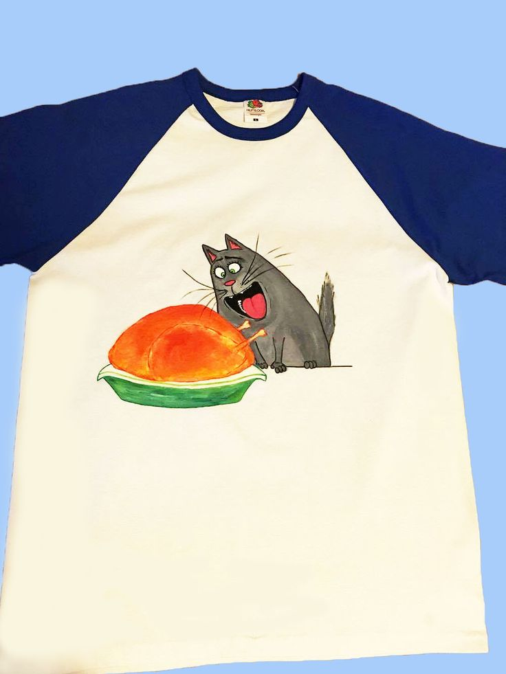 Handmade T-shirt Cat from Secret life of pets movie  This T-shirt is suitable for all men and women, the material is 100% cotton and it's painted manual with quality and non toxic paint, which is also permanent. You can wash it in the washing machine or manually at 30 Celsius degrees.