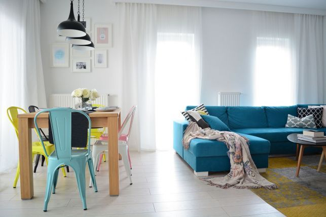Amenajare viu colorata intr-un apartament de 80 mp - imaginea 2