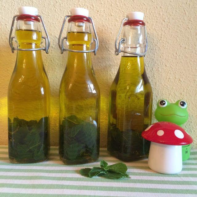 Aceite digestivo con hierbabuena. Excelente para refrescar el sabor de algunos platos.