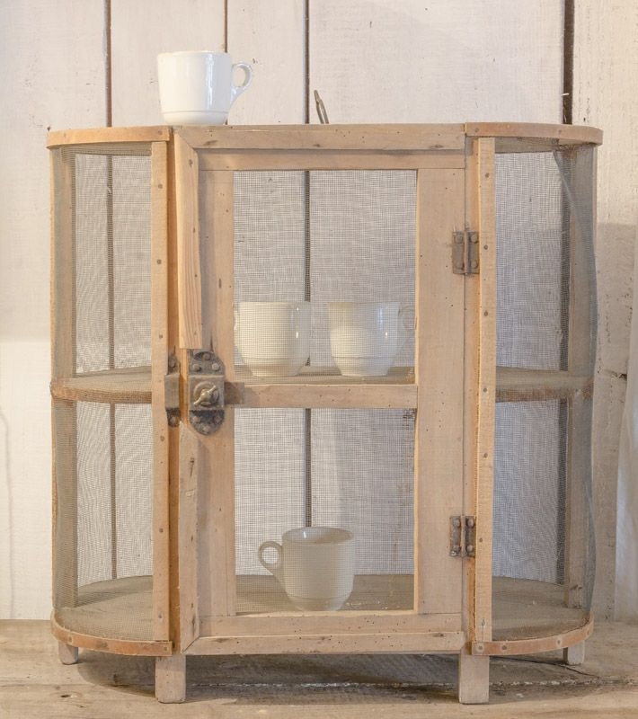 135 best garde manger images on pinterest kitchens pantries and dressers - Grillage garde manger ...