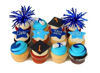 cute graduation cupcakes, swirl of colors