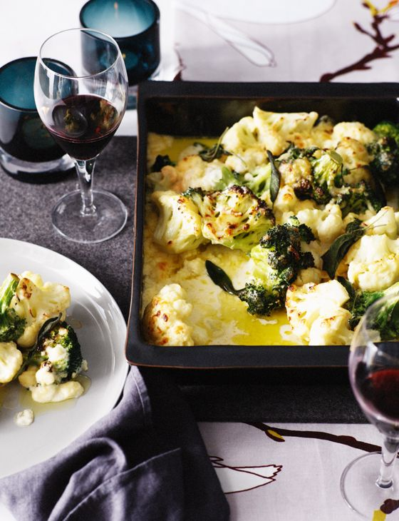 We bet your mouth is watering at the sight of our scrummy cauliflower and broccoli gratin