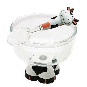 Een ijskom met een loeiend leuk design #cow #stuff #servies #koe #stuff #kitchen