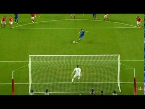 Ederson defende penálti   Benfica 1 - 0 Dinamo Kiev
