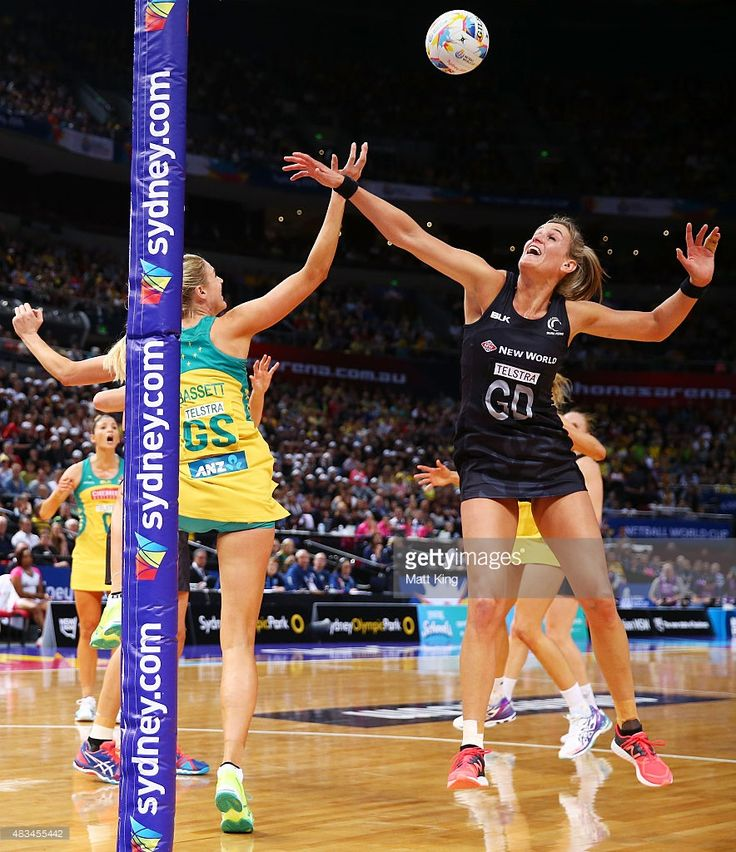 Leana de Bruin of New Zealand competes with Caitlin Bassett of the Diamonds during the 2015 Netball World Cup match between Australia and New Zealand at Allphones Arena on August 9, 2015 in Sydney, Australia.