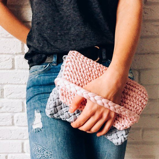 Best 25+ Crochet clutch ideas on Pinterest Crochet ...